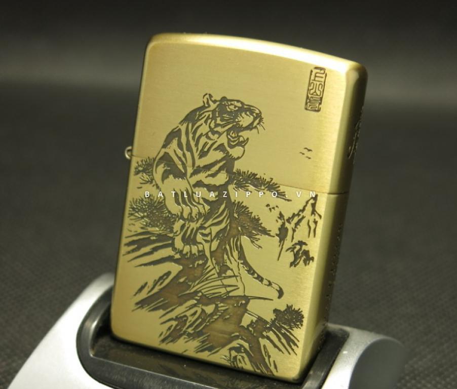Bật lửa Zippo chính hãng khắc hình Hổ dũng mãnh