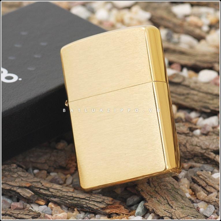 Bật lửa Zippo chính hãng màu vàng xước 204B