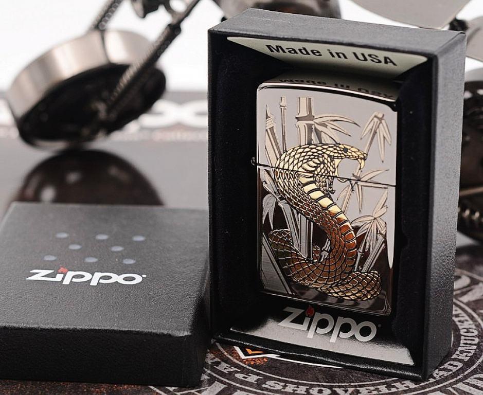 Zippo Chính Hãng Phiên Bản Hàn Quốc Gold Cobra  (Black Ice)