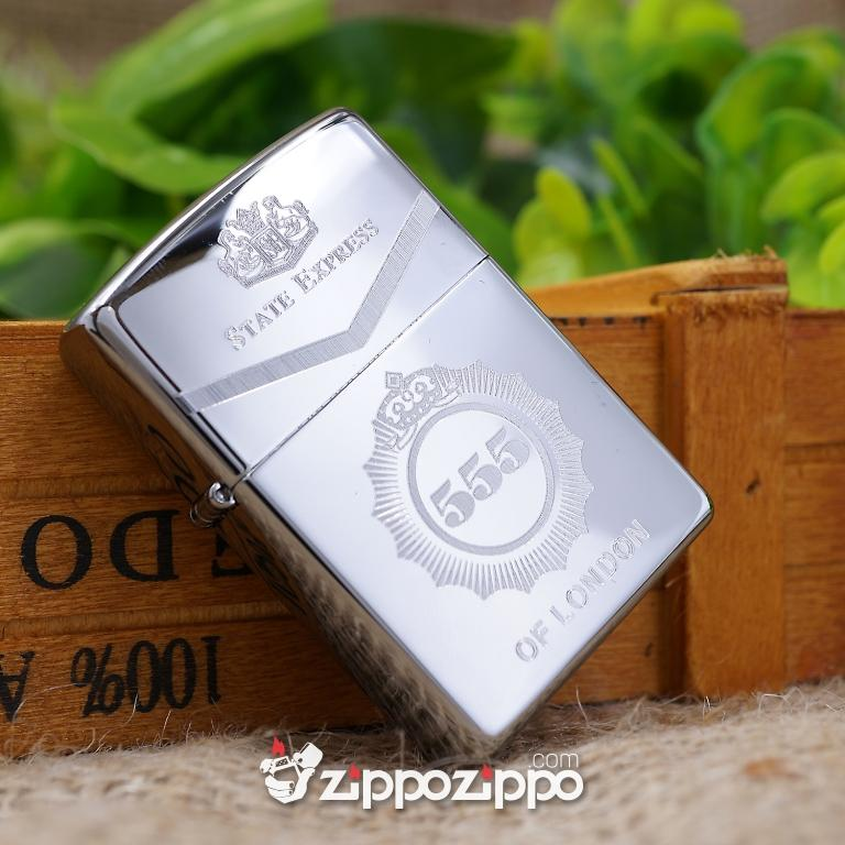 Bật lửa zippo mầu bạc khắc hộp  555