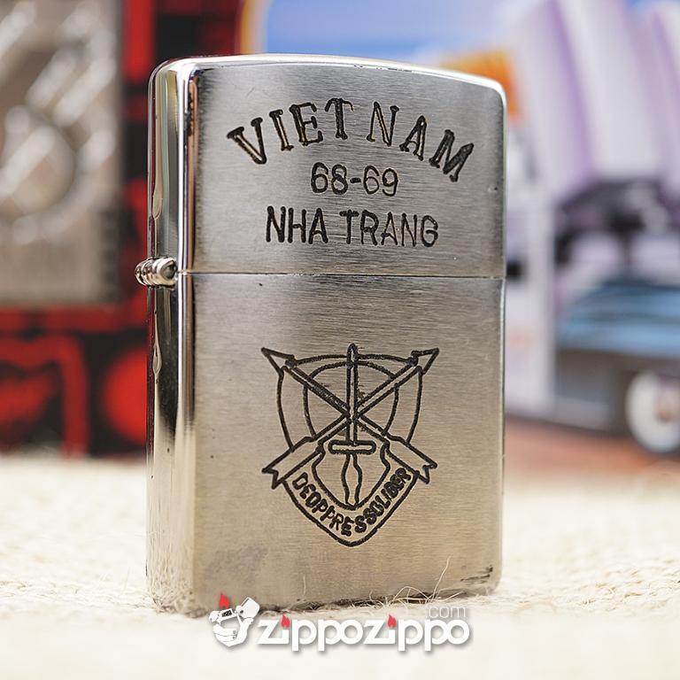 Bật lửa zippo chiến tranh việt nam sản xuất 2017 ( VIETNAM-NHA TRANG 68-69 )