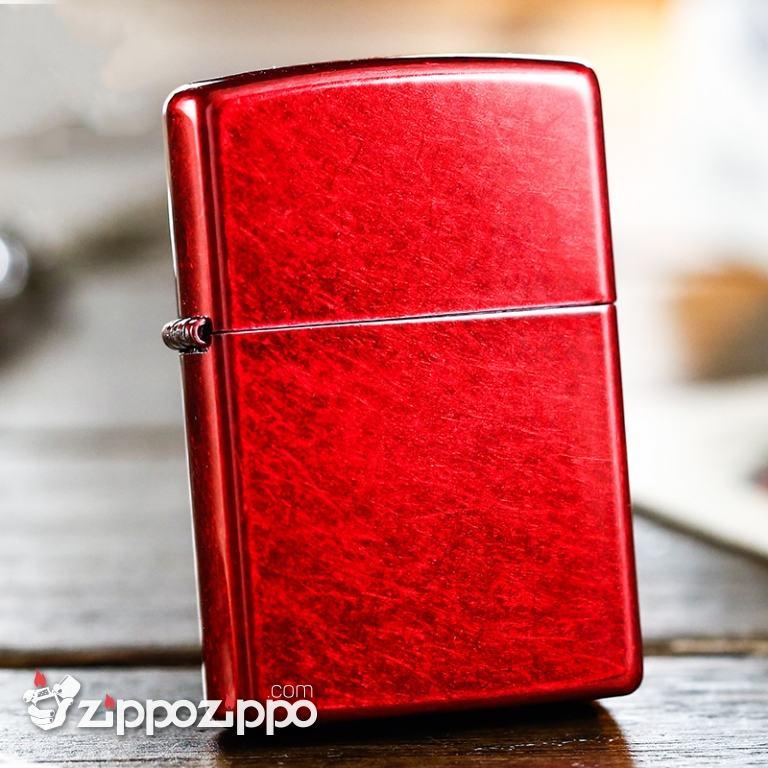 Bật Lửa Zippo Classics Vân Xước màu đỏ tươi