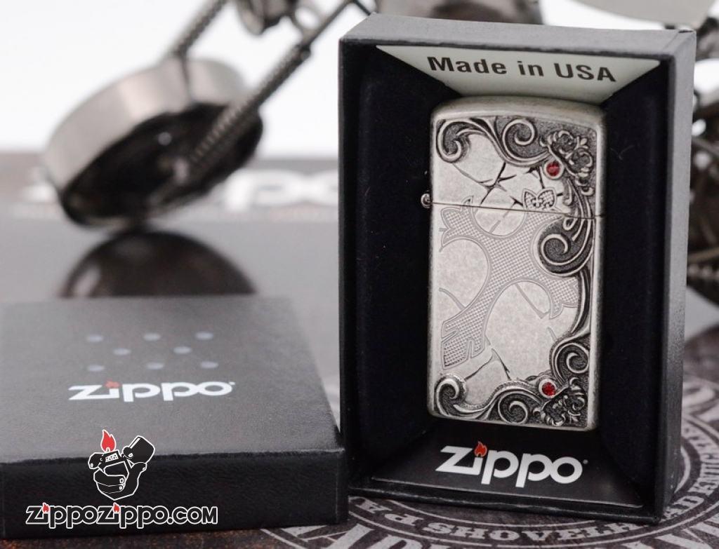 Zippo mạ bạc cổ khắc thánh giá bản slim