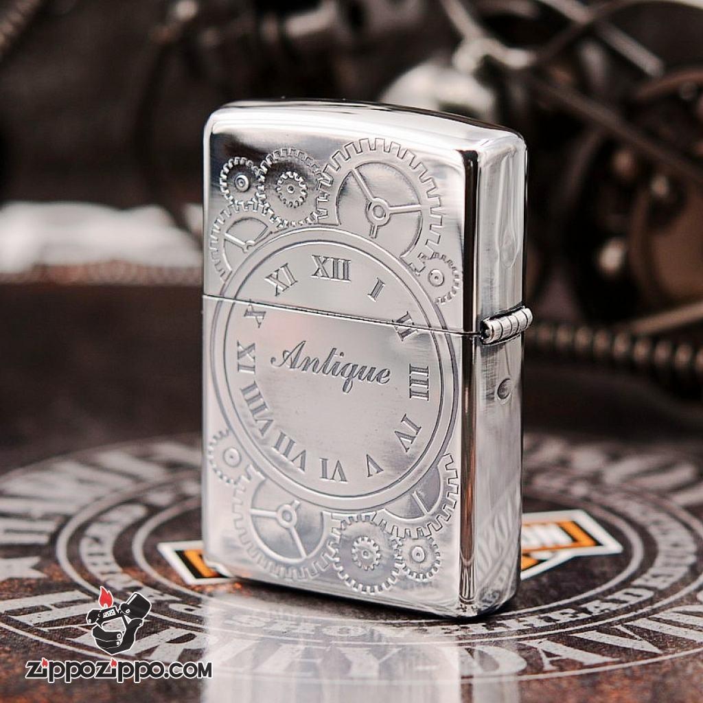 Bật lửa Zippo mạ bạc chuông đồng hồ cổ