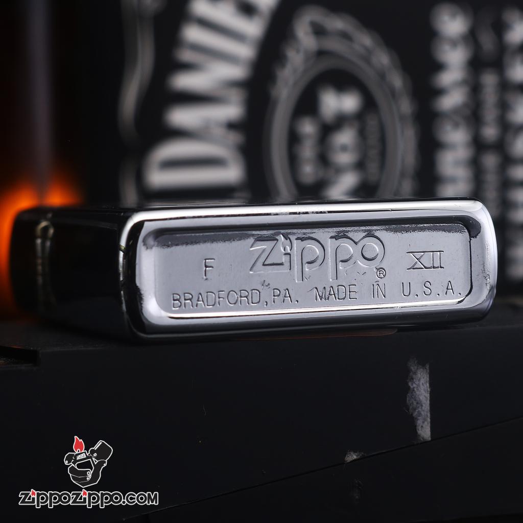 Zippo đời la mã sản xuất 1996 hình người đàn ông