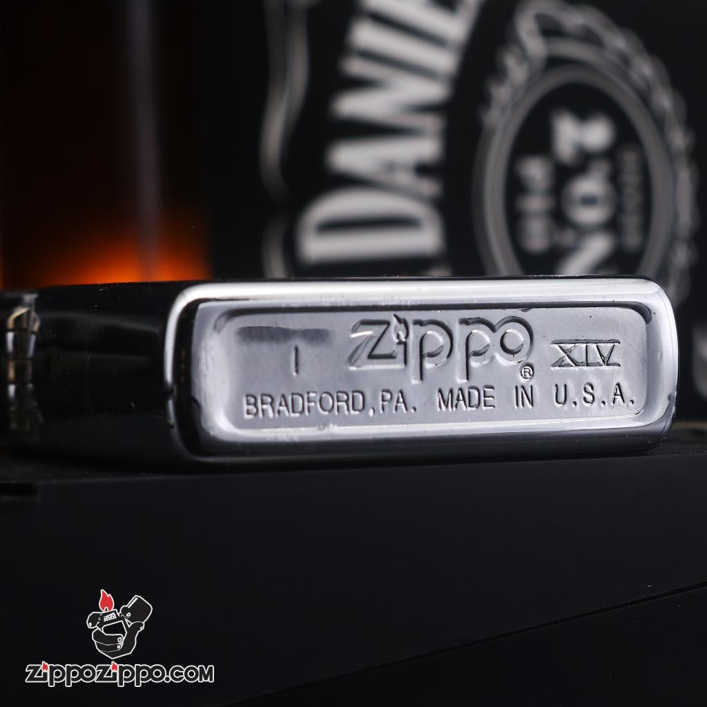 Zippo đời la mã sản xuất 1999 đội bóng bầu dục 49 ERS