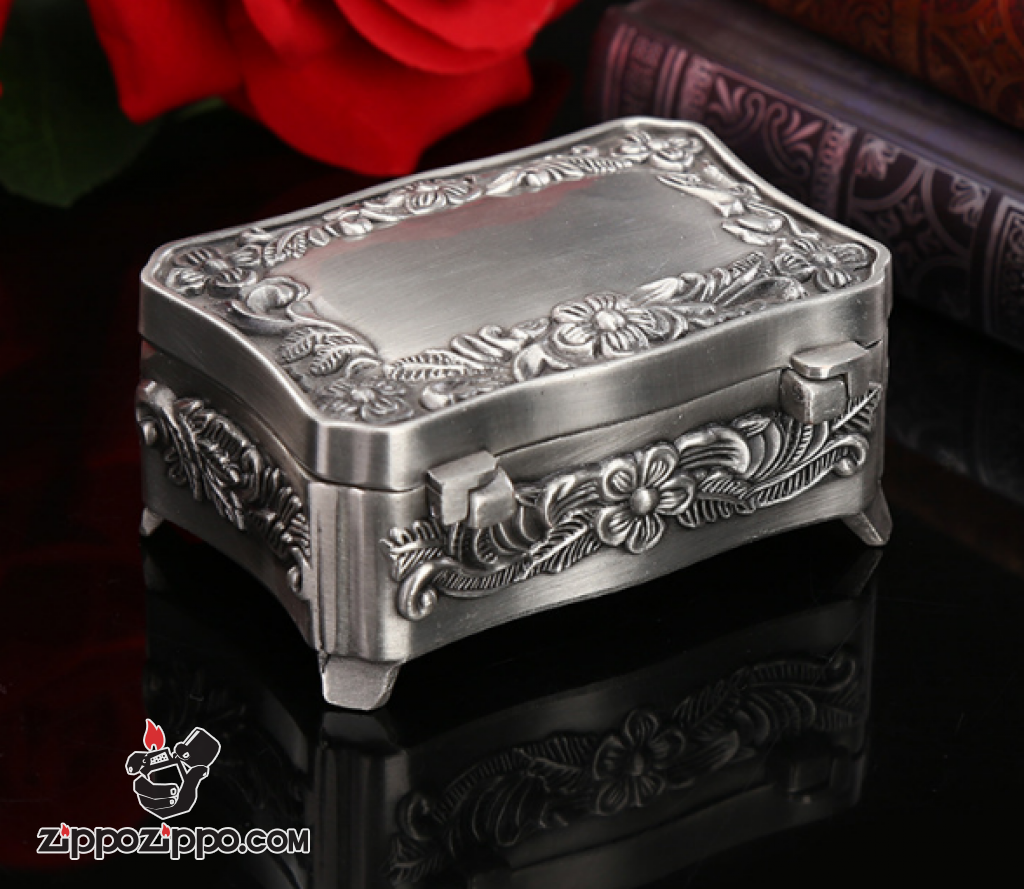 Rương đựng Zippo chạm khắc tinh xảo mạ bạc cổ Ver 2