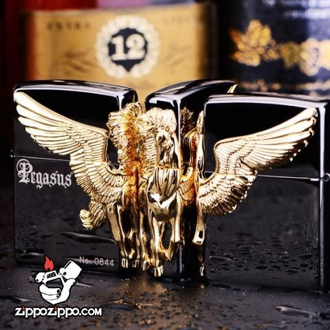 Bật lửa zippo chính hãng đen trơn họa tiết ngựa thiên thần mạ vàng bao quanh