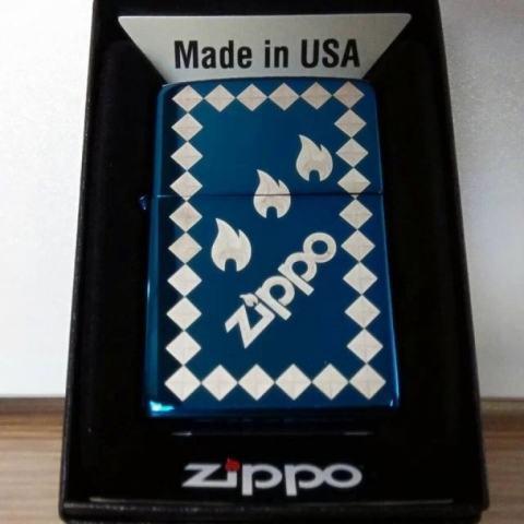 Bật lửa Zippo phiên bản Original ba ngọn lửa