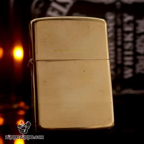 Zippo chu niên 1932-1989 đồng khối solid brass ROTHMANS ROUND THE WORLD