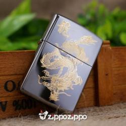 Zippo Màu Đen Bóng Khắc Mạ Vàng chạm khắc hình rồng - Mã SP: ZPC1497