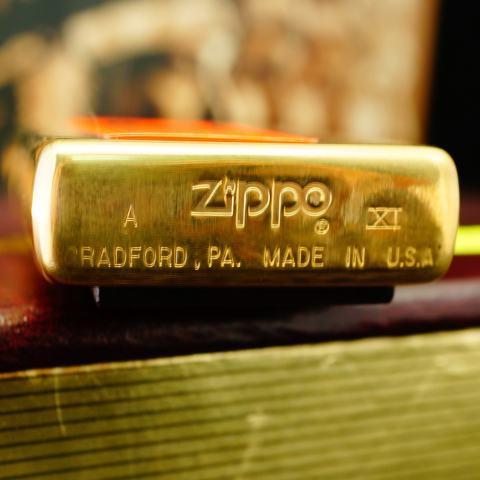 Zippo đời La Mã lịch sử trận chiến IWO JIMA sản xuất 1995