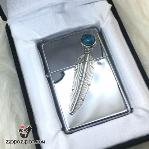 Zippo đời la mã sản xuất 2000 Lông vũ khắc đá quý