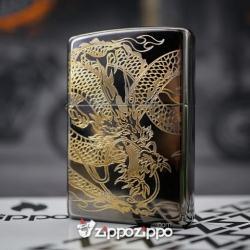 Zippo Đen Bóng KHắc Mạ Vàng khắc hình rồng quấn - Mã SP: ZPC1496