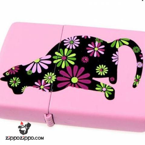 Zippo màu hồng in chú mèo đáng yêu